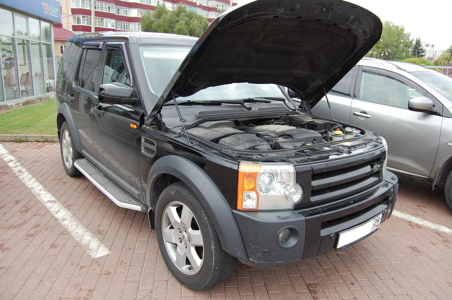 Land Rover Discovery 3 (2004-2009) 4.4 л.